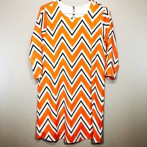 Everly Chevron Long Sleeve Dress Small